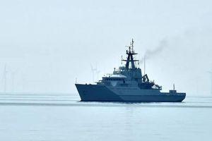 Lo tàu cá Pháp phong tỏa cảng biển quan trọng, Anh điều 2 tàu chiến để 'phòng ngừa'
