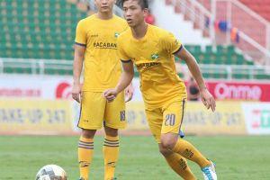 Cầu thủ SLNA là F2 của bệnh nhân COVID-19 Tạm dừng toàn bộ vòng 13 LS V-League 2021 vì COVID-19