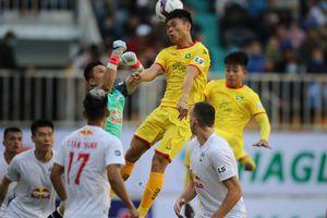 V-League hồi hộp giữa mùa dịch