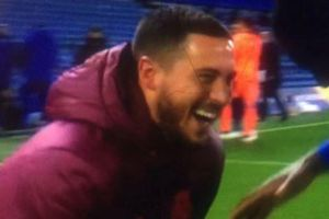 Hazard xin lỗi vì cười đùa với cầu thủ Chelsea