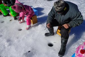 Cách người Nhật câu cá trên băng