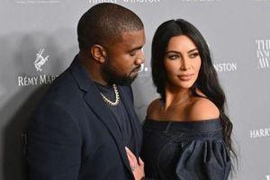 Kanye West liên quan đến vụ mua bán tượng cổ trái phép