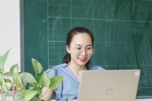 Ôn thi trực tuyến vào lớp 10: Trông chờ vào ý thức tự giác của học sinh