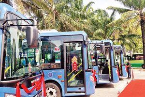 Đấu thầu xe buýt nhằm phục vụ tốt hơn