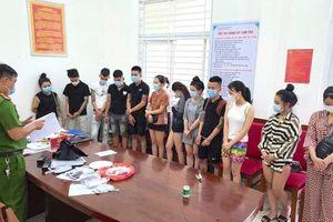 Bắt quả tang 12 thanh niên ở Đà Nẵng sử dụng ma túy