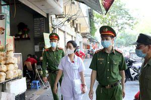 Hà Nội tăng cường phòng, chống dịch tại các điểm kinh doanh
