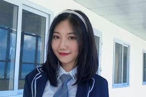 Hotgirl Thi Thi mang trái tim ấm áp đứng lớp dạy học khi mới 21 tuổi