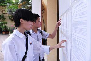 Đăng ký dự tuyển vào lớp 10 tại Hà Nội: Thận trọng để giành cơ hội trúng tuyển