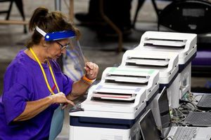 Đảng Cộng hòa tại Arizona có động thái 'cứng' về vấn đề kiểm lại phiếu bầu