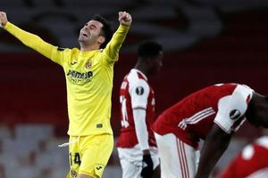 Arsenal bị loại khỏi Europa League, HLV Arteta đổ tại chấn thương