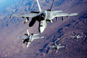 Mỹ điều hàng chục chiến đấu cơ bảo vệ binh sĩ rút khỏi Afghanistan