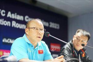HLV Park Hang-seo bất bình khi báo chí 'dựng' danh sách cầu thủ tập trung