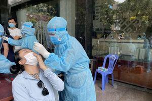 Bệnh nhân tái dương tính COVID-19 hai lần tới chùa Văn Thánh, TP Hồ Chí Minh