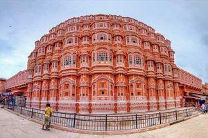Cung điện của gió Hawa Mahal - 'Thành phố hồng' của Jaipur, Ấn Độ