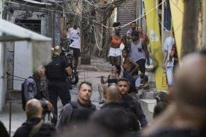 Đấu súng trong tàu điện ngầm ở Rio de Janeiro, 25 người thiệt mạng