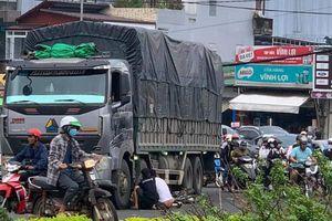 Đắk Lắk: Xe tải va chạm với xe máy, một học sinh lớp 12 tử vong thương tâm