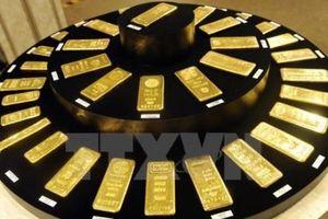 Giá vàng thế giới vượt ngưỡng 1.800 USD/ounce phiên 6/5