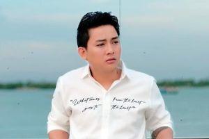 Bất ngờ tái xuất, Hoài Lâm đạt ngay triệu view với MV 'Đời có mấy khi'