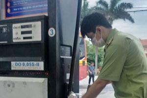 Petrolimex lên tiếng về cửa hàng xăng dầu ở Nam Định bán dầu diesel chứa tạp chất