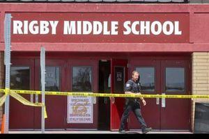 Mỹ: Bé gái lớp 6 mang súng vào trường bắn bị thương 2 học sinh, 1 giám thị