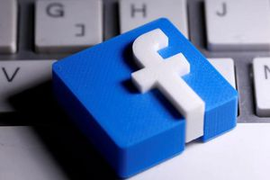 Facebook bế tắc trước 'quyền được nói' của lãnh đạo thế giới