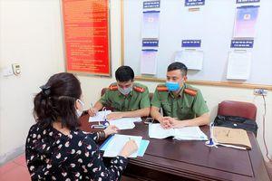 Đăng phiếu làm giả xét nghiệm COVID-19 ở Nghệ An, 2 facebooker bị mời làm việc
