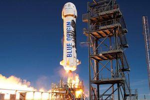 Công ty của Jeff Bezos chuẩn bị bán vé lên vũ trụ