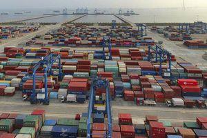 Thương mại Trung Quốc tăng mạnh nhờ nhu cầu tiêu dùng toàn cầu phục hồi