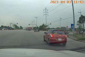 Hà Nội: Xử phạt lái xe vượt đèn đỏ qua tin báo của người dân