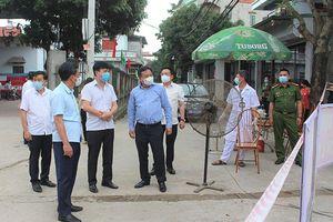 Phó Bí thư Thành ủy Nguyễn Văn Phong: Huyện Sóc Sơn cần xây dựng các phương án bảo đảm phòng, chống dịch Covid-19 khi tổ chức bầu cử