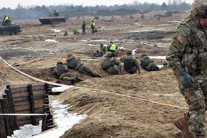 Ukraine nghĩ 'chặn đứng Nga' bằng 400 km hào chống tăng