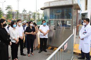 Hà Nội bố trí hòm phiếu bầu cử lưu động tại bệnh viện bị phong tỏa