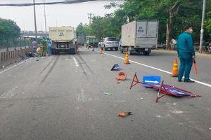 Xe ben lao vào công trình thi công trên Quốc lộ 1 khiến 4 người thương vong