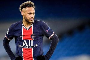 Neymar khiến Barcelona lo lắng