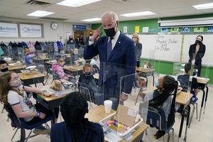 Mỹ: Ông Biden đạt mục tiêu giáo dục trong 100 ngày