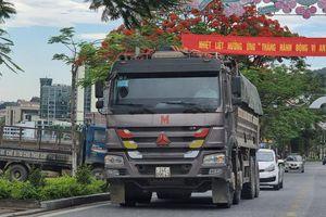 Vì sao xe quá khổ, quá tải vẫn ngang nhiên hoạt động tại Lào Cai?