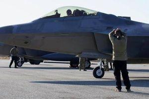 Không quân Mỹ triển khai tiêm kích F-22 ở nơi chỉ cách Nga hơn 300km