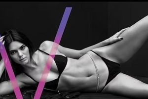 'Siêu mẫu đắt giá nhất thế giới' khoe body 'cực phẩm' gây ngưỡng mộ
