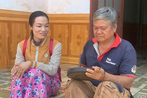 Gìn giữ 'hồn chiêng' cho buôn làng Tây Nguyên