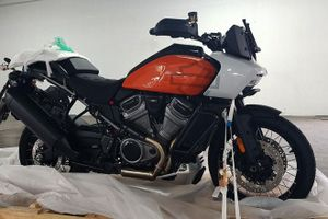 Harley-Davidson Pan America 1250 xuất hiện ở Việt Nam