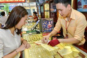 Giá vàng hôm nay 8/5: Tăng mạnh phiên cuối tuần, vàng SJC vượt 56 triệu