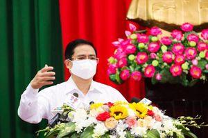 Thủ tướng Phạm Minh Chính tiếp xúc cử tri tại TP Cần Thơ