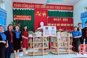 Agribank Bắc Thanh Hóa phát triển nhiều sản phẩm dịch vụ tiện ích phục vụ khách hàng