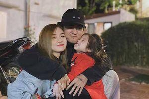 Vợ cũ tung loạt ảnh hạnh phúc với Đạt G, phản ứng của Hoài Lâm khiến ai cũng bất ngờ