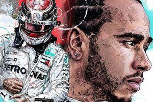 Hamilton đi vào lịch sử F1 ở Barcelona