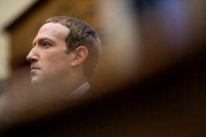 Zuckerberg không thể né tránh việc phán quyết về tài khoản ông Trump