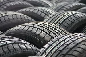 Lốp xe đứng trước nguy cơ tăng giá