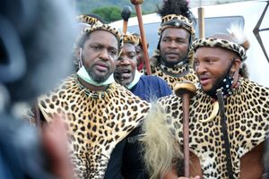 Hoàng tử Zulu tranh giành ngai vàng