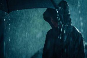 Cảnh giết người trong mưa liên tục lặp lại trong phim Hàn