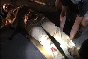 Chốt chặn đoàn đua, CSGT và dân phòng bị 'quái xế' tông gãy chân